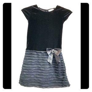 Sweet Heart Rose Black Velvet Dress Girls Size 6